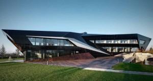 DAMILANO STUDIO ARCHITECTS – Oficina Vidre Negre