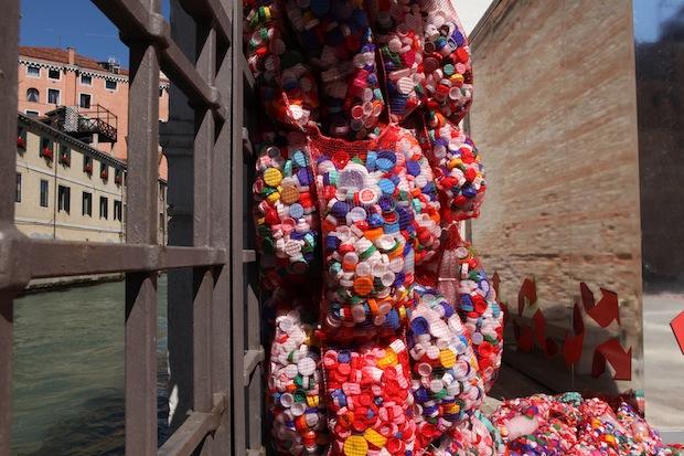 M.C. Finucci, The Garbage Patch State Venice, 2013 / courtesy l'artista