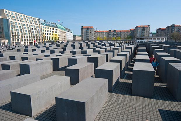 1 EISENMAN Berlino (2)