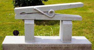 Architetti al cimitero – di Christian De Iuliis