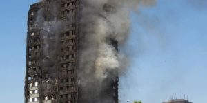 Torre distrutta dalle fiamme a Londra – di Alessandra Muntoni