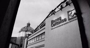Il valore dell'architettura della provincia italiana: l'esempio della sede della ex Banca Cattolica di Montefiascone – di Francesco Moretti