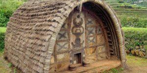 Dialetti architettonici: Toda Huts le Capanne a forma di barile in India – di Carlo Gibiino